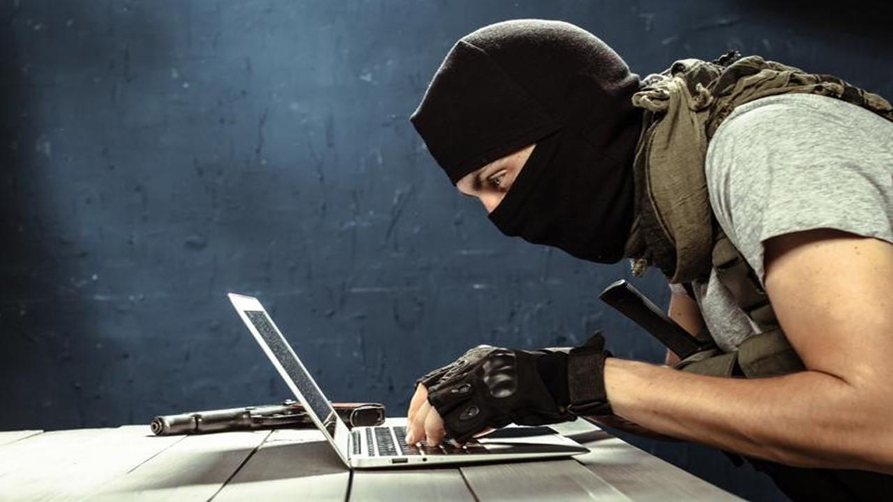 Cyber Terrorismo ed Armi Cibernetiche