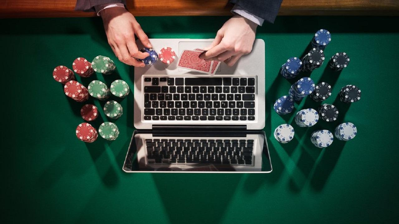 Guadagnare con il Poker Online: è possibile?