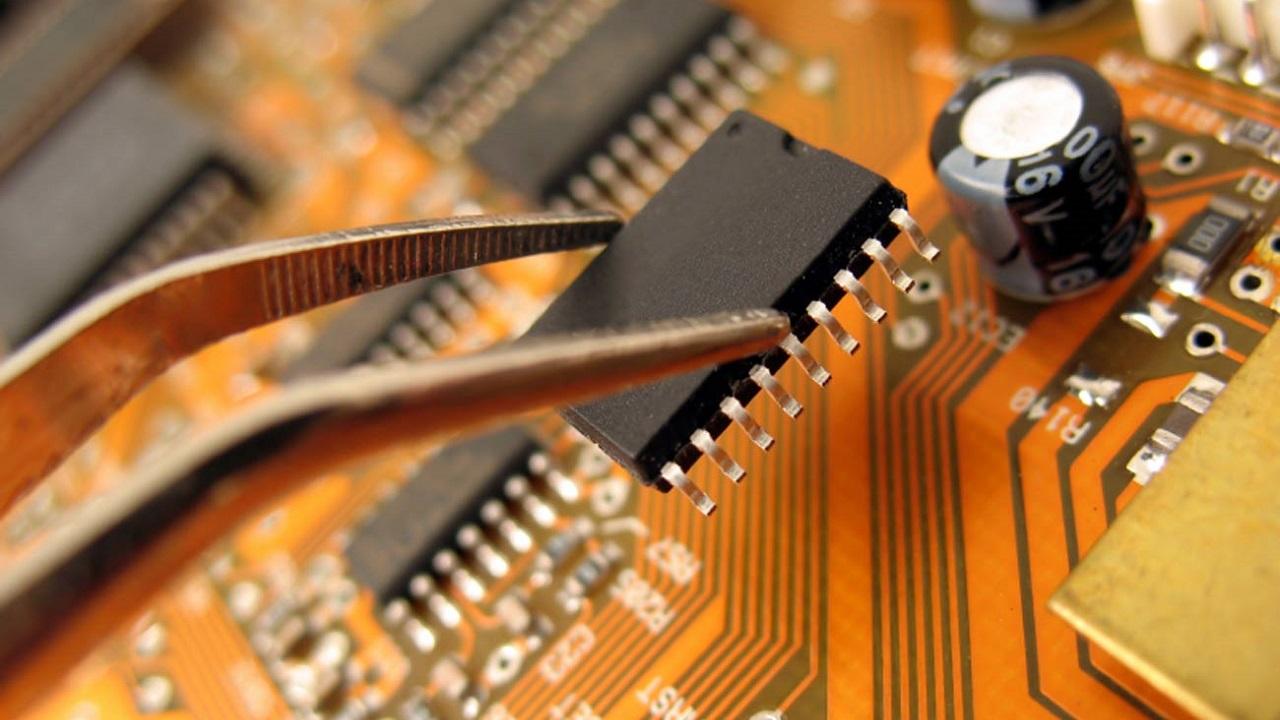 Corso di Formazione Lavorare come Tecnico Elettronico - EuroFormation Scuola di Formazione Digitale e Corsi Online